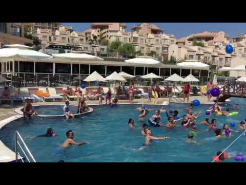 Hotel Golf and spa resort animation team 2016 pool game
