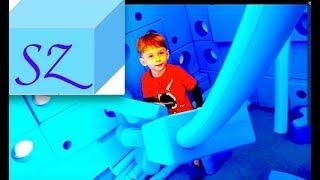 Ныряем в шарики! Развивающие игры в детском развлекательном центре NUBO в Сиднее