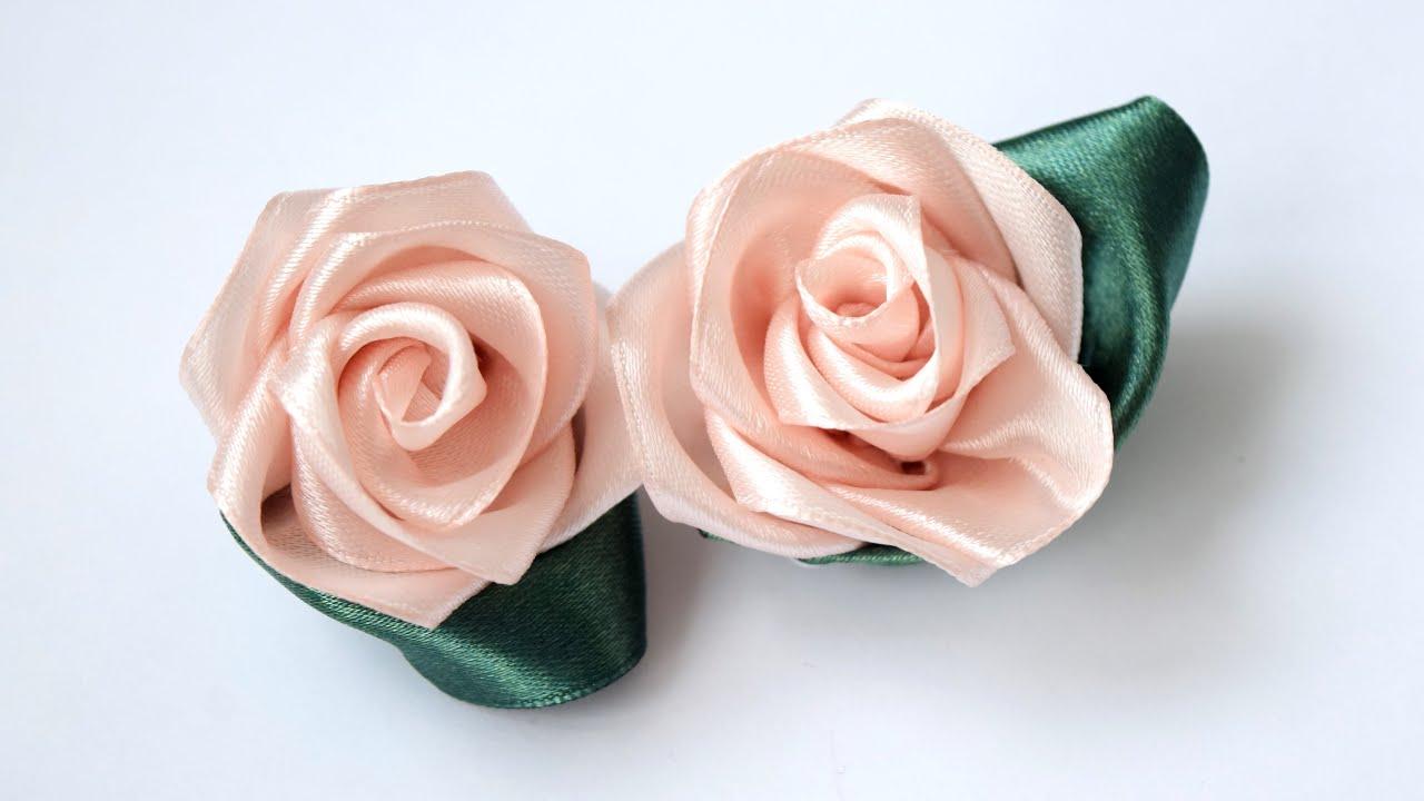 Легкий цветок из ленты 38