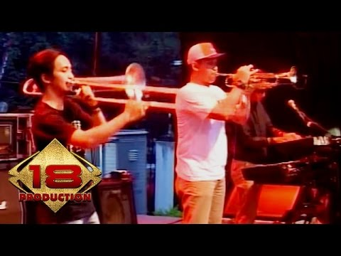 Donlego - 4 Kumbang 1 Kembang (Live Konser Bandung 7 Mei 2016)