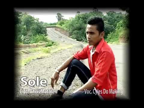 """LGU LAMAHOLOT """"SOLE"""" VOC: CILES DOMAKING"""