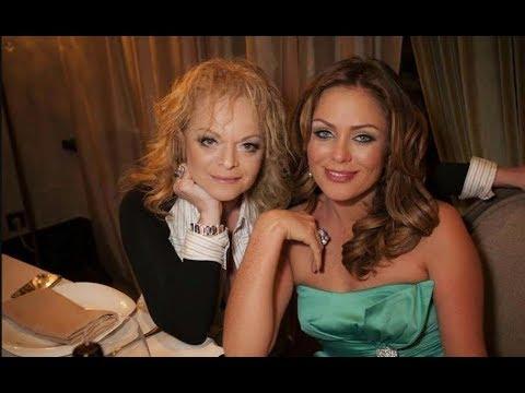 «Она приходит ко мне живой каждую ночь»: Началова связала молодого певца с Долиной