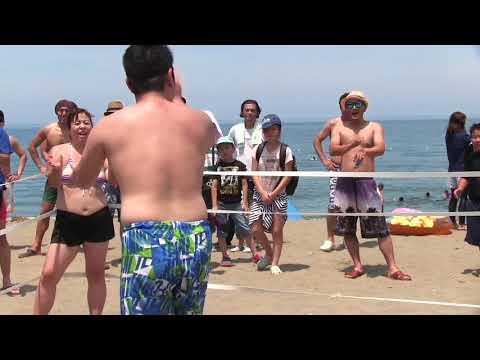 信州プロレスがたにはま海水浴場で大暴れ(2)