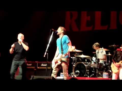 """Bad Religion - """"Fuck you"""" y """"Dharma and the bomb"""" (en vivo Malvinas argentinas 13-2-2014"""