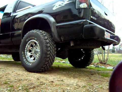 My 2000 Chevy S10 ZR2 - YouTube
