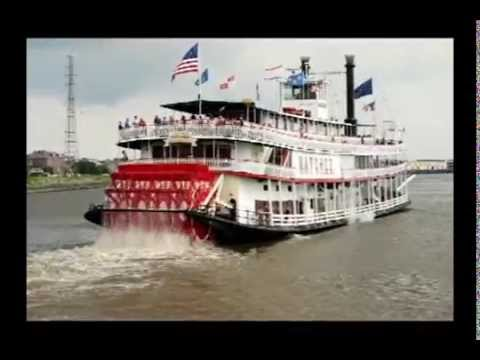 the natchez boat on the mississipi
