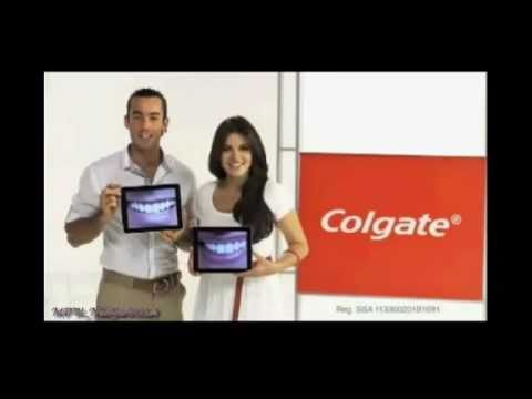 Maite Perroni y Aaron Diaz en Commercial de Colgate