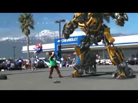 REAL TRANSFORMER - BUMBLEBEE - ANGRY ROBOT