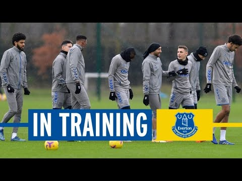EXPERT FINISHING! | EVERTON IN TRAINING