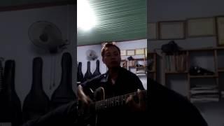 Hướng dẫn chơi guitar Bài larzer than life