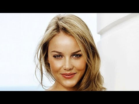 Abbie Cornish Biography  Family, Childhood, House, Net worth, Car collection, Pet, Lifestyle!!!