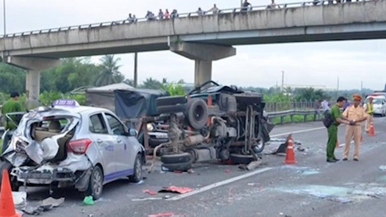 Tin Tức 24h: 15 người tử vong do tai nạn giao thông ngày 29 Tết