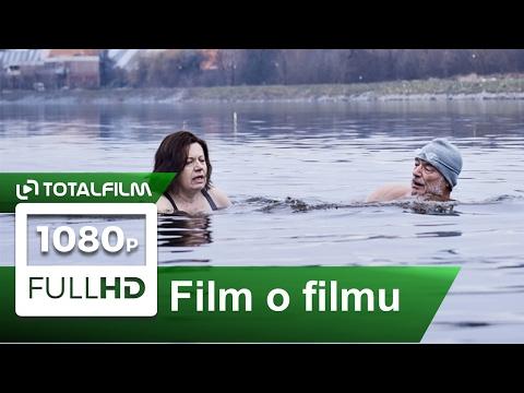 Bába z ledu (2017) - otužování - z natáčení