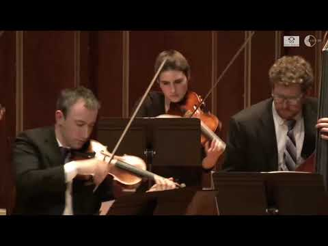 A Far Cry Performs Vaughan Williams'