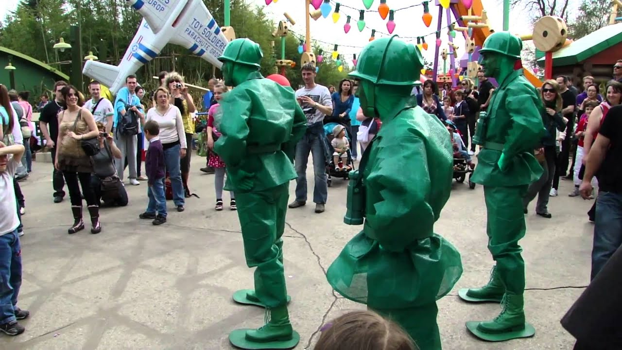 Disney Magical Moments Green Soldiers at Toy Story ...