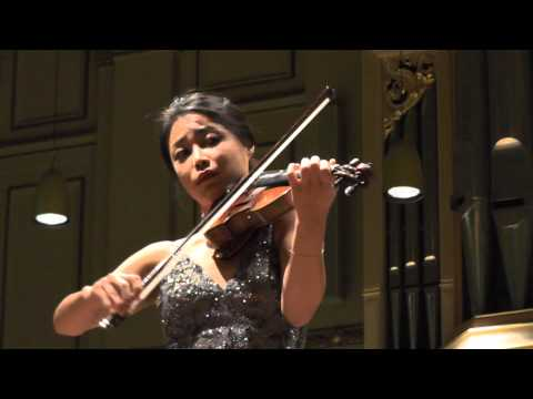 Soyoung Yoon played Piazzolla's Invierno (4 Seasons), on 1 June 2013, with Vincent de Kort