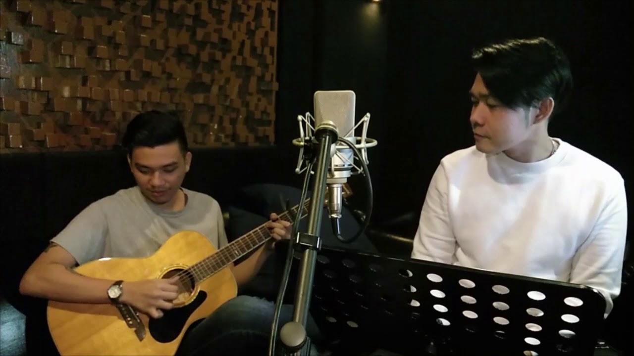 Lauv - I Like Me Better acoustic cover (Reymond Sajor ...