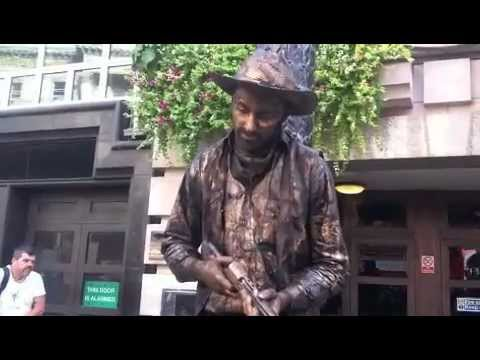 Hilarious Living Statue Scared Young Boy Doovi