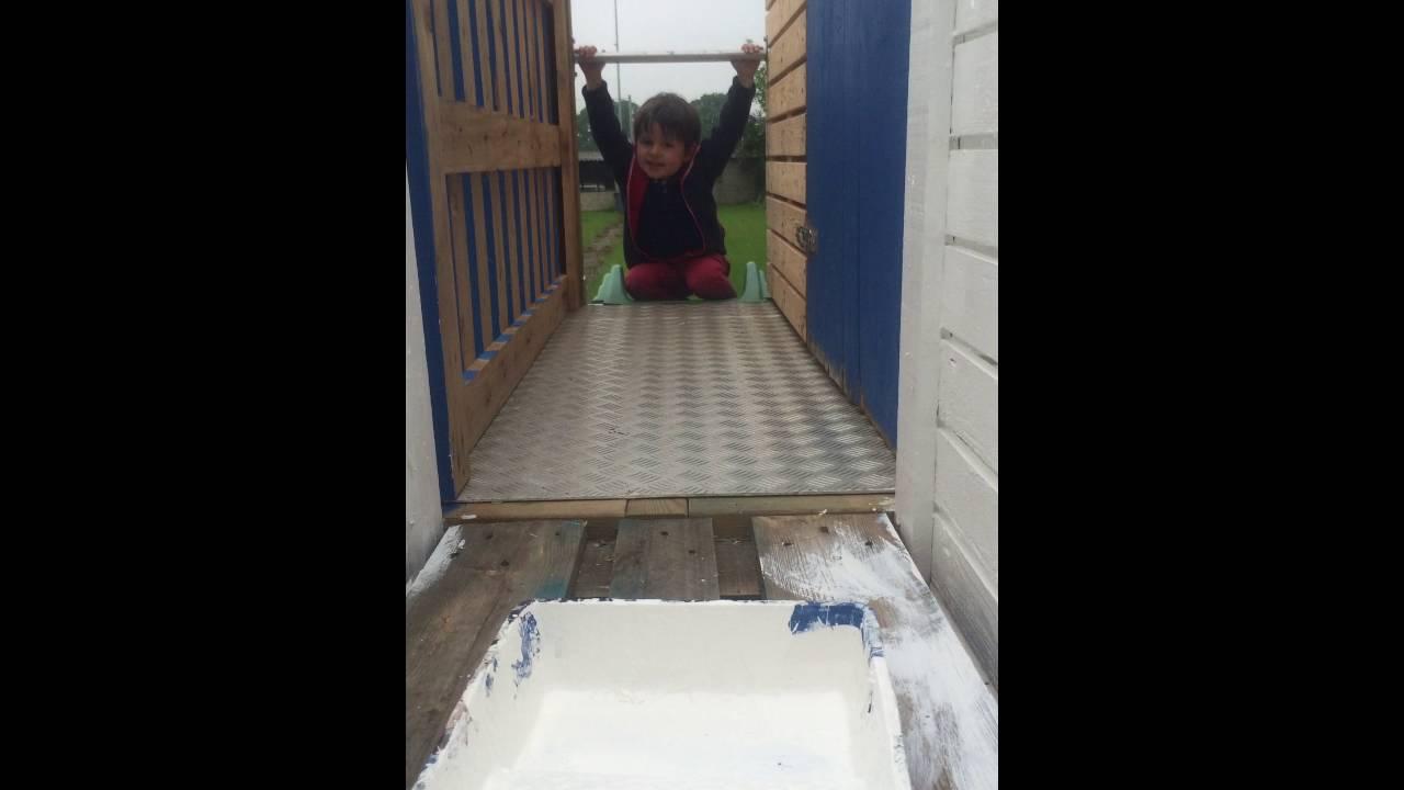 Cabane enfants avec palettes bois  YouTube ~ Cabane Palette Bois