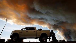 Le Canada, dépassé par les incendies, envisage de demander une aide internationale