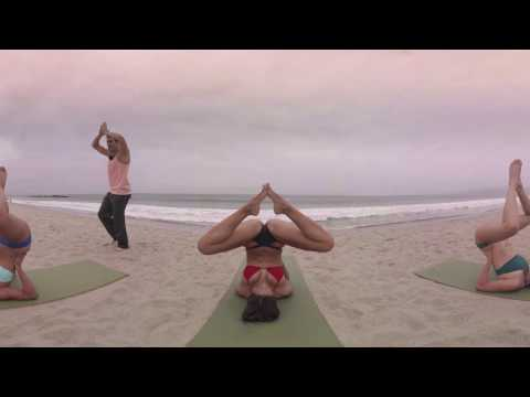 VR Bikini Yoga