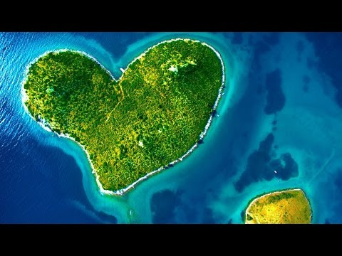 Top 10 Islands With Unique and Amazing Shape | Heart-Shaped Island