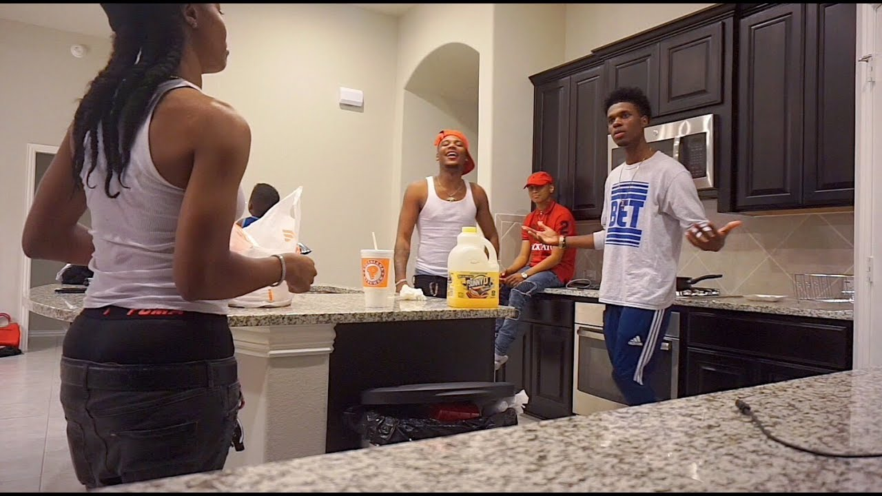 I WANNA MOVE IN PRANK ON PERFECTLAUGHS, AR'MON AND TREY, FUNNYMIKE