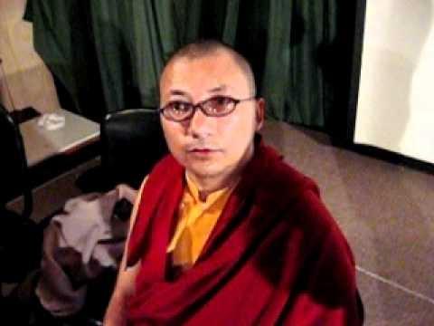 Lama Budista Acharya Lama Tsondus en Puerto Montt