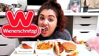 Wienerschnitzel Chilli Cheese Dog, Burger, & Fries Mukbang (Eating Show)
