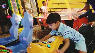 Learning videos for Toddlers Learn colors Arcade Games Family Fun day Indoor Playground for kids