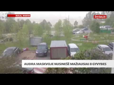 Stiprus uraganas nusiaubė Maskvą: žuvo mažiausiai 11 žmonių