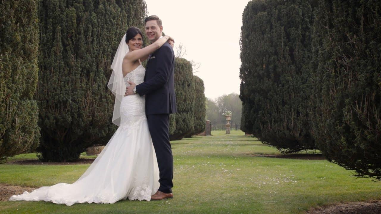 Glemham Hall Wedding | Vicky & Josh