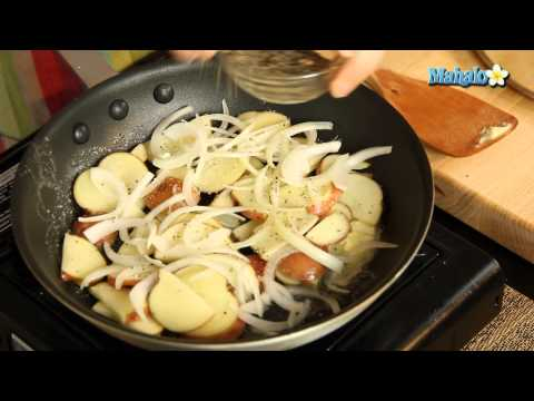 How To Make Sautéed Potatoes With Onion