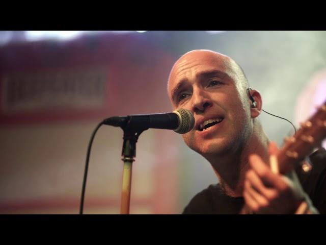 Parachutes (Coldplay tribute) - Yellow (Live in Hangar. Cordoba)