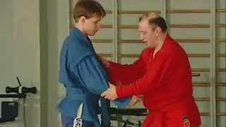 Уроки самбо Гончаров 20   Бросок с захватом за ногу