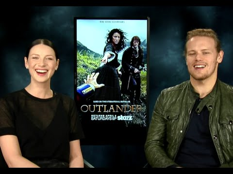 hilarious-outlander-interview!!-caitriona-balfe-&-sam-heughan-on-game-of-thrones-&-more!