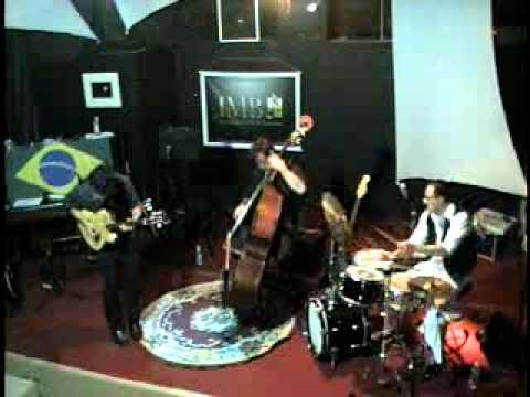 Julio Bittencourt Trio  - Jazz  Standards