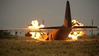 Самые страшные Авиакатастрофы в мире(Самые страшные Авиакатастрофы в мире В данном видео представлены самые крупные и ужасные авиакатастрофы..., 2017-02-01T17:39:35.000Z)