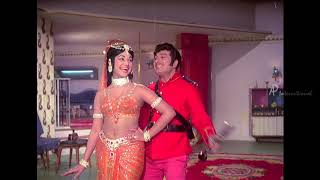 Kannai Nambathey Song | Ninaithadhai Mudippavan Movie Songs | MGR | Manjula | MGR Hits