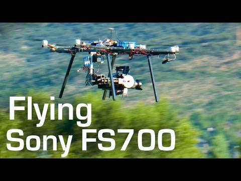 OCTOCOPTER Flies FS700