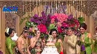 Pemotongan Kue Pengantin Raffi Ahmad Dan Nagita Slavina Gigi @ Resepsi Pernikahan FULL