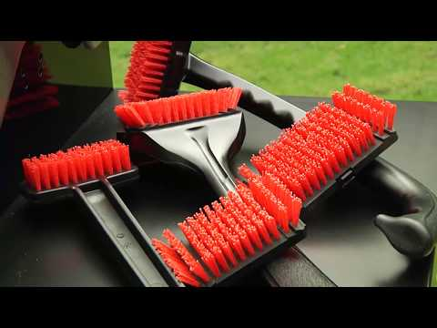 Char-Broil Nylon Bristle Brushes to Clean your Grill