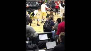 160212 Kris Wu 2016 NBA All Star Celebrity Game warm up
