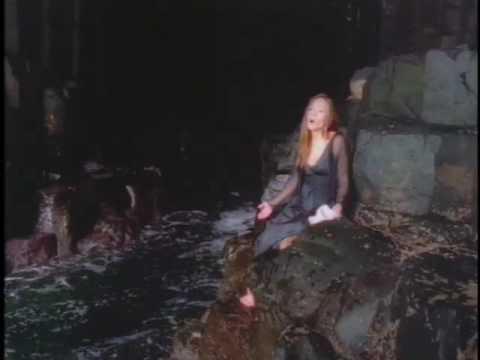 Hannah Reimann- The Bottom of the Sea