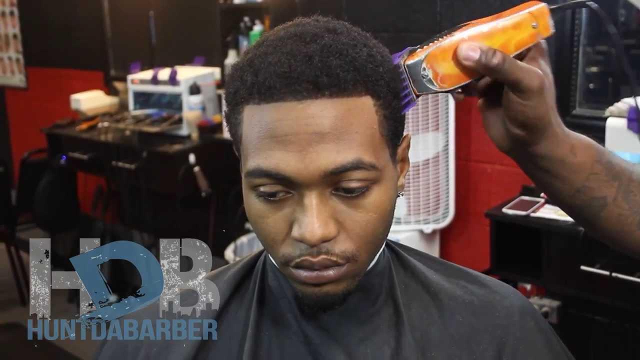 How To Cut A Low Fade Haircut Hunt Da Barber Epis Youtube