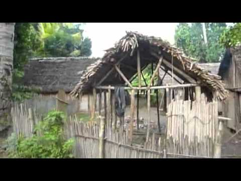 Peace Corp Volunteer provides tour of village in Madagascar