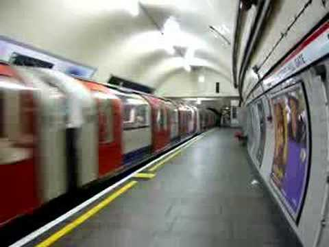 Notting Hill Gate / Underground, London (1)