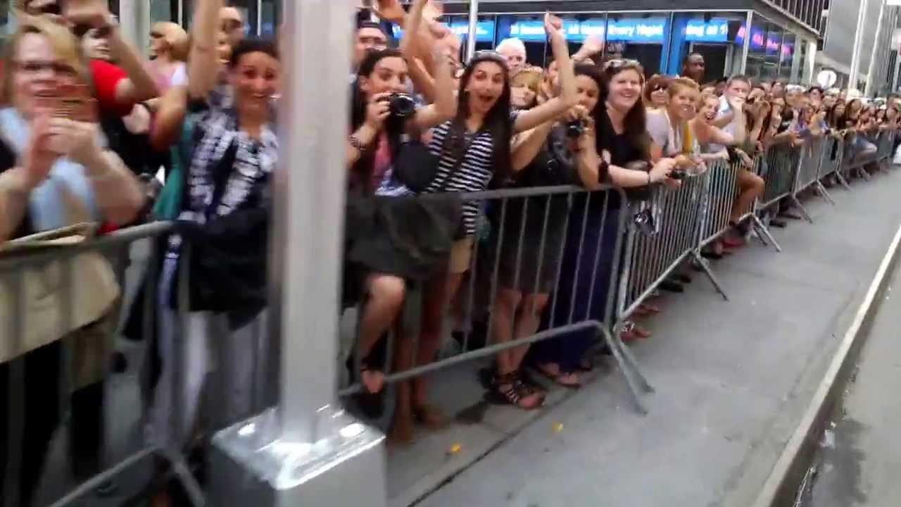2013 Tony Awards: Red Carpet