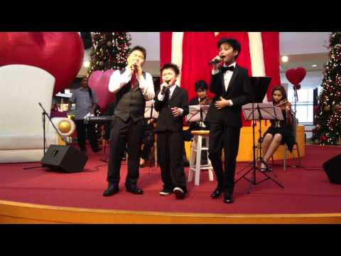 Christmas Performance at Empire Shopping Gallery - 29 Dec 2012