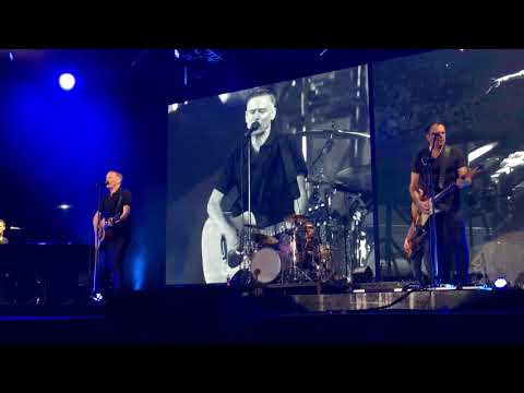 Bryan Adams || The Ultimate Tour || (Everything I Do) I Do It for You || Mumbai